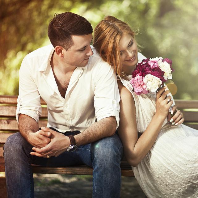 """恋するアナタに贈る。季節の変わり目は""""香水替え""""で印象をチェンジ!"""