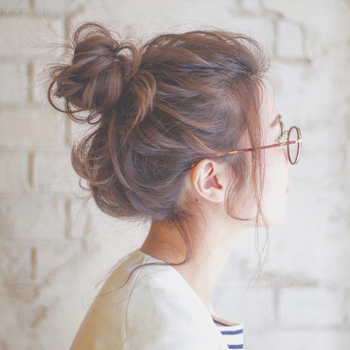 いつだって後ろ姿美人。雨の日でも崩れない大人の簡単まとめ髪アレンジ